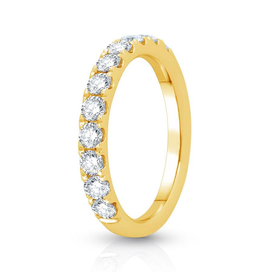 Women's Claw set wedding ring